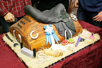 Fabulous Cake Event Helps the Horses